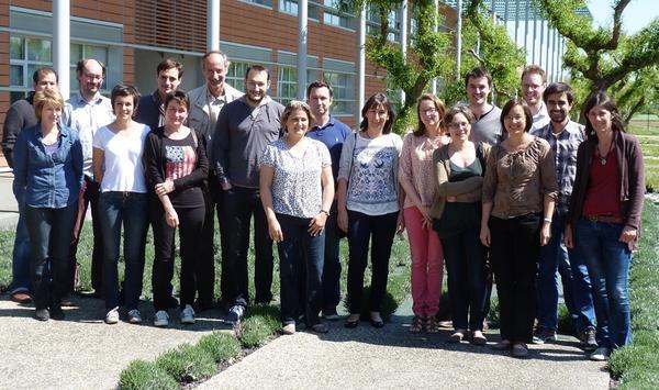 Photo de groupe de l'équipe Odycée en avril 2014